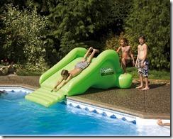 toboggan gonflable pour votre piscine